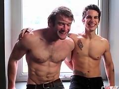 Muscular body top gets his cock sucked