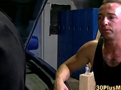 Muscle brace rimjob cums