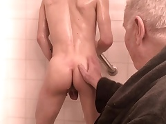 Daddy massage increased by foot fetish with schoolboy